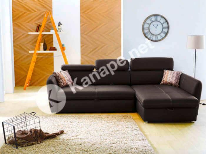 A nappalinkat egy vadonatúj, esztétikus, minőségi és nem túl drága kanapéval szerettük volna feldobni, végre elfér. Számos bútorboltot, diszkontot, áruházat felkerestünk, megnéztünk jó sok kanapét.